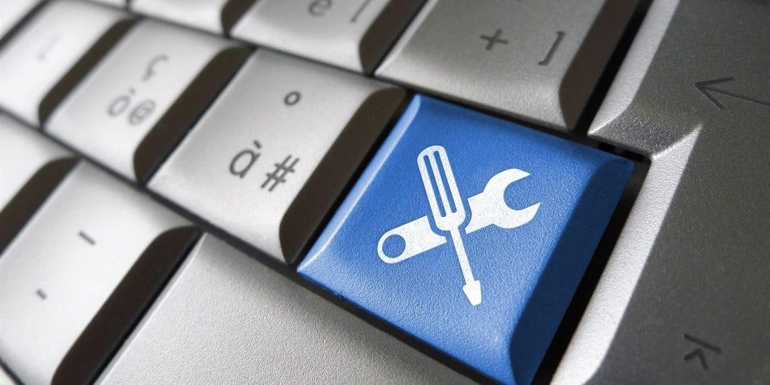 Oliver Spence Premium Web Management Plan Keyboard Red